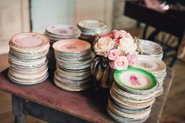 754c640bd0c52c48f322ad2d8207e669--vintage-cake-plates-vintage-dishes